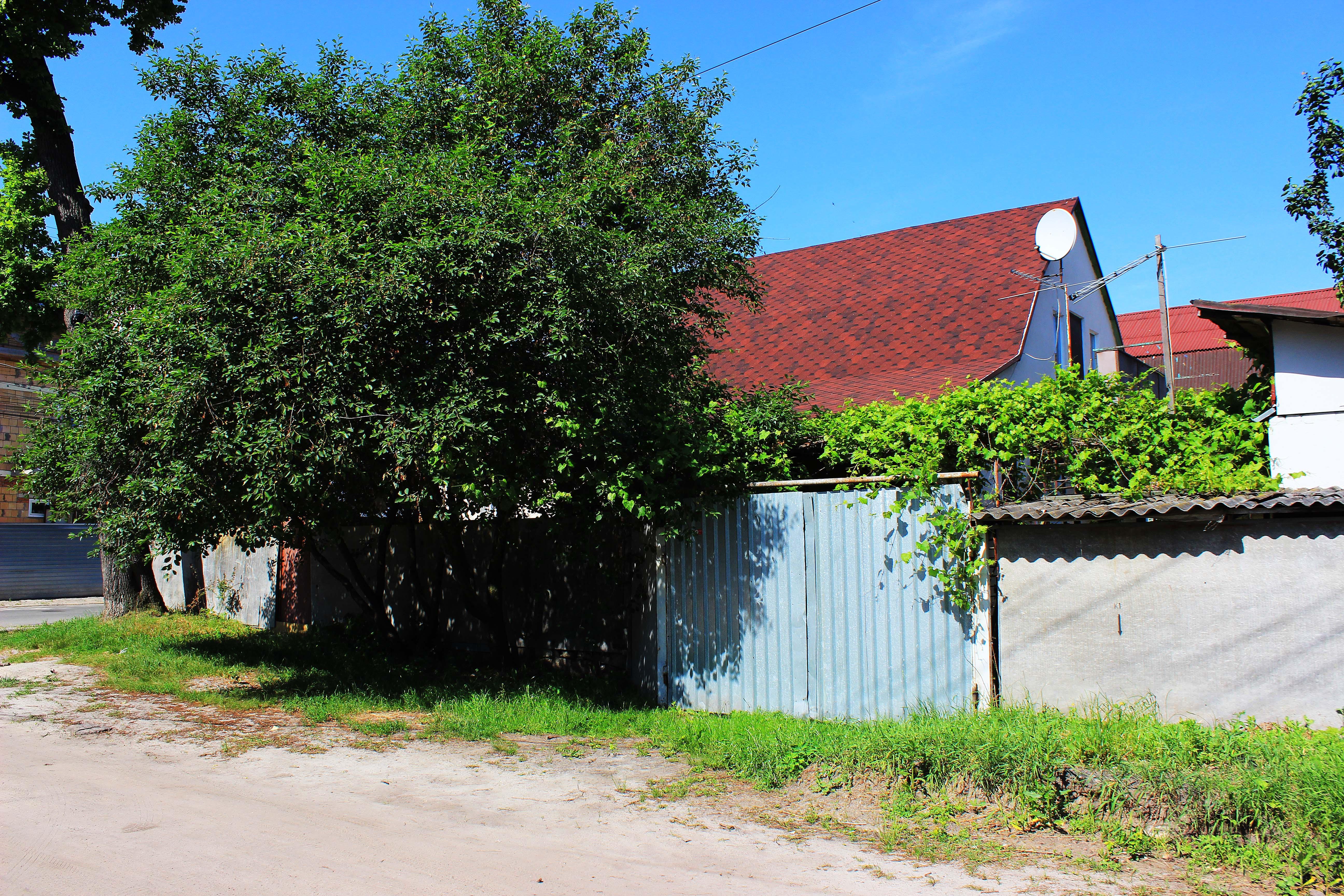 Чудовий будинок в місті Ірпінь