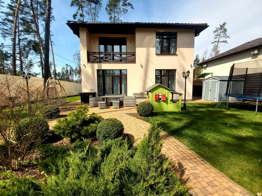 Буча, будинок в улюбленому районі багатьох- районі Toscana Grill!